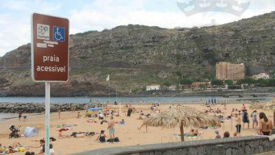 Hastear de Bandeira de Praia Acessível: Banda d'Além